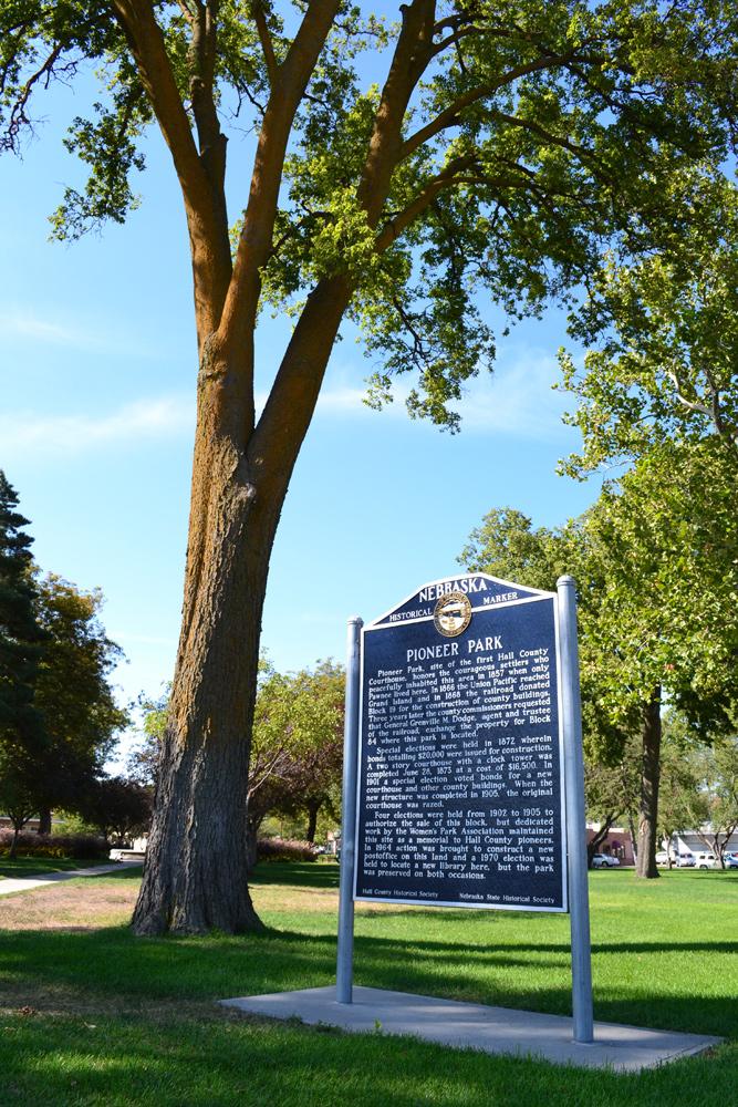 GI-Pioneer-Park-historical-marker