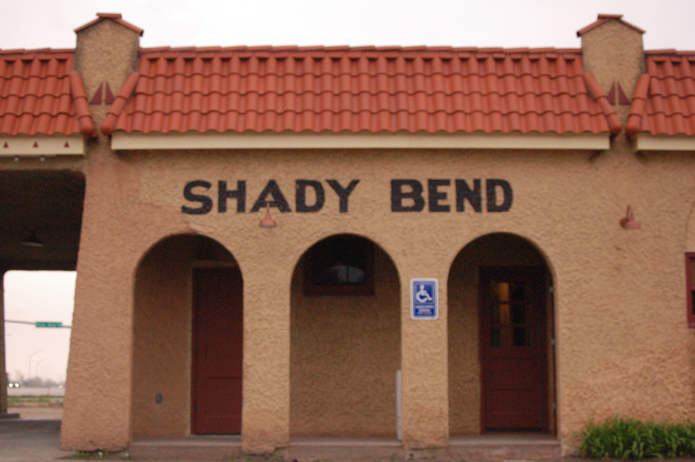 Shady-Bend-reopening-014