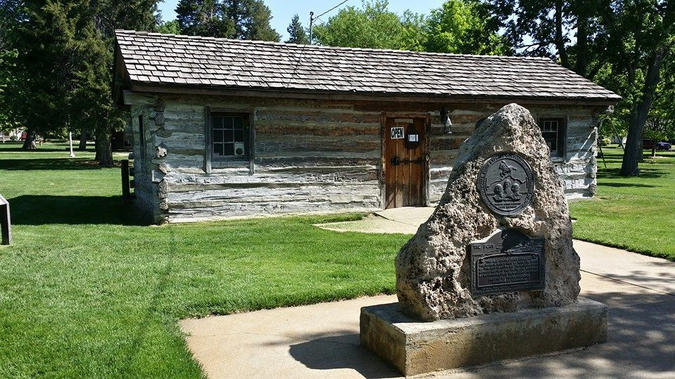 lincoln-highway-lodge